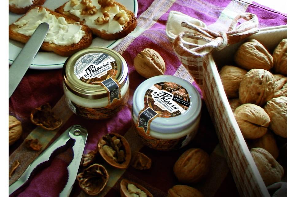Crema de queso con nueces