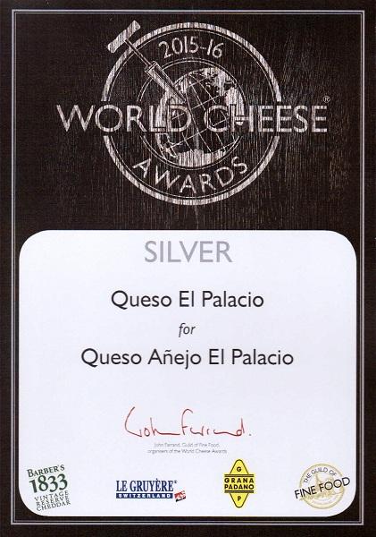Medalla de plata 2015 Queso añejo El Palacio